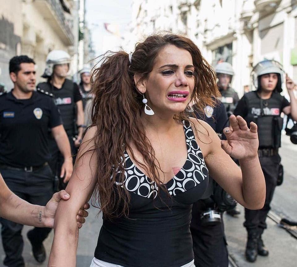Herdenkingen voor vermoorde Turkse transgenderactivist