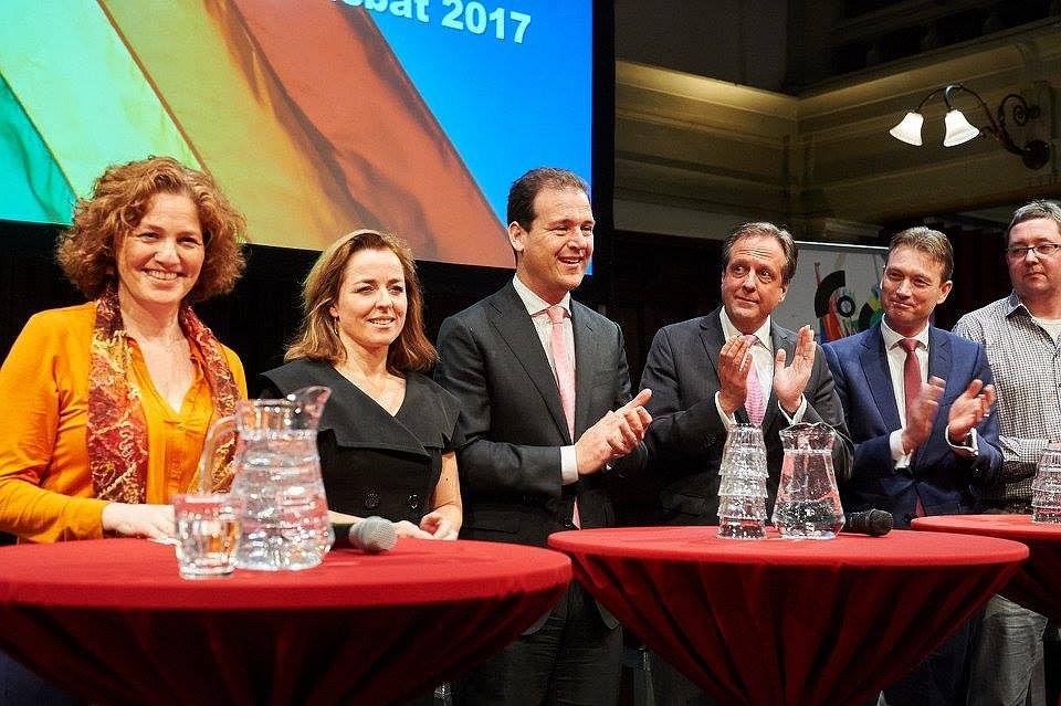 Acht partijen ondertekenen Roze Stembusakkoord