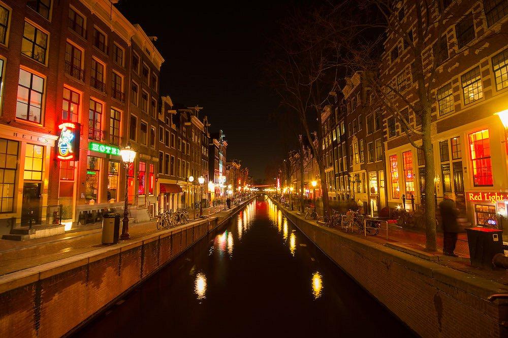 22-jarige jongen slachtoffer van anti-homogeweld in Amsterdam