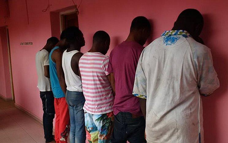 30 Nigerianen nog steeds vast op verdenking van homoseksualiteit