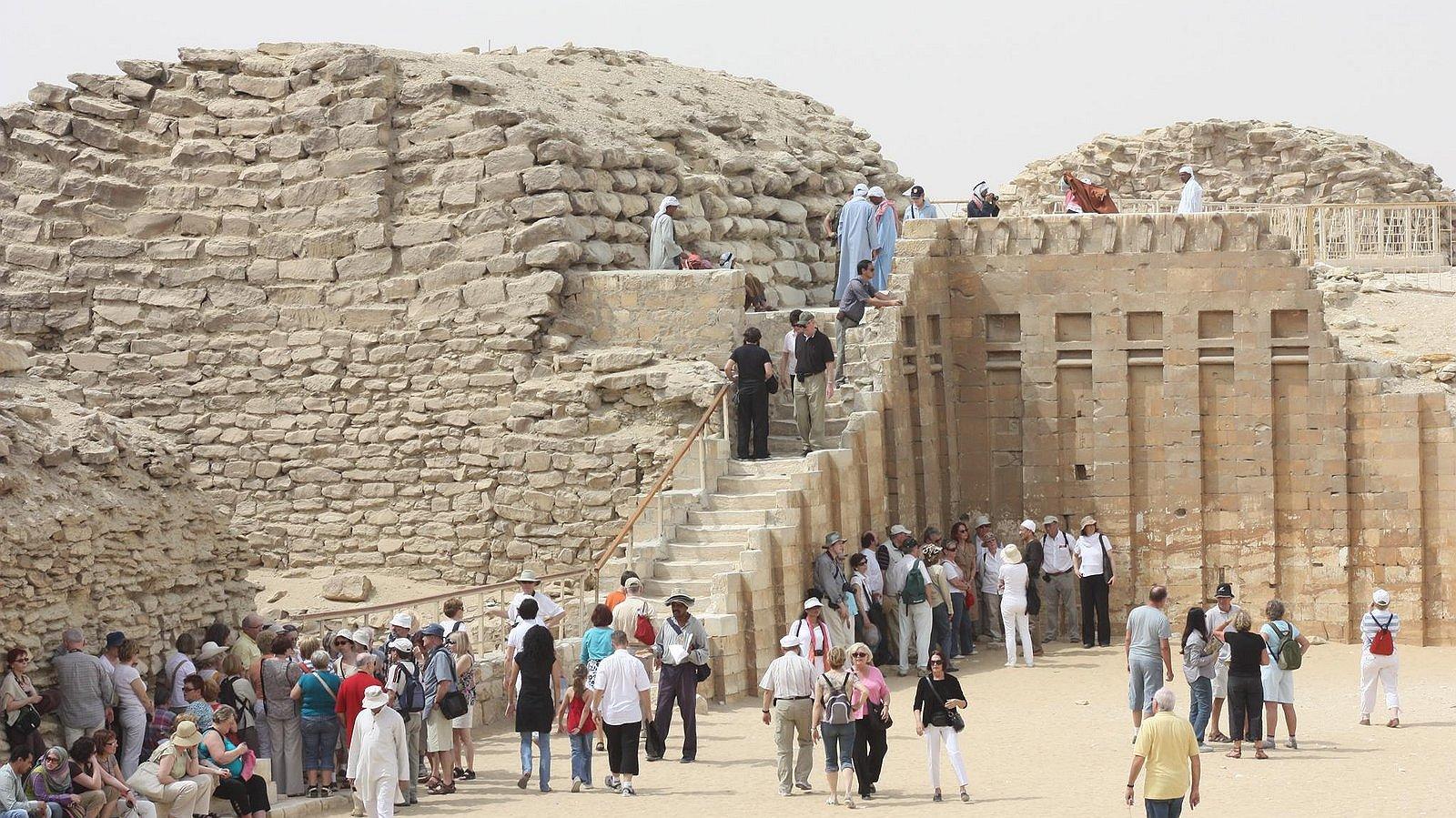Karim is op de vlucht in Egypte nadat zijn vriend is opgepakt