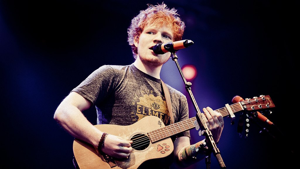 Videosnack | Ed Sheeran wil Ginger Spice worden