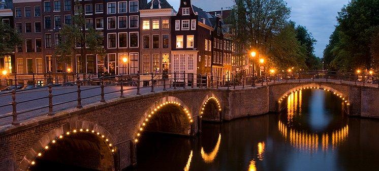Opnieuw homostel mishandeld in Amsterdam