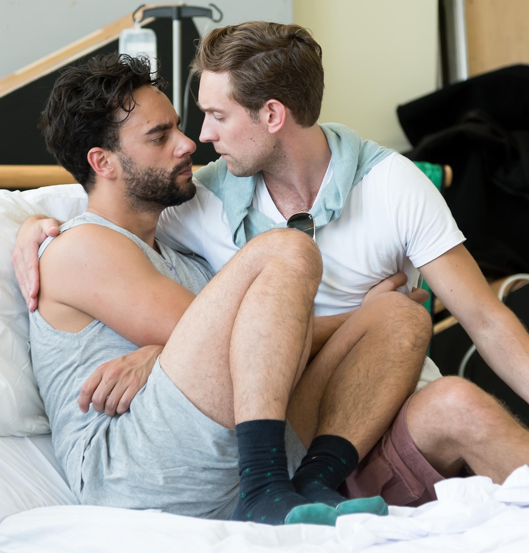 Freek Bartels over A New Brain: 'Homoseksualiteit is in deze voorstelling een bijzaak'