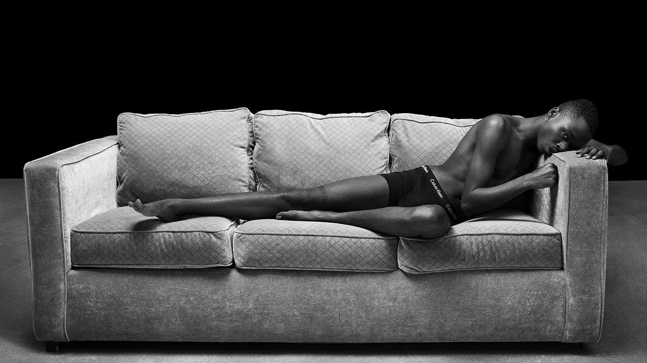 Foto's: de mannen van Moonlight in ondergoedcampagne Calvin Klein