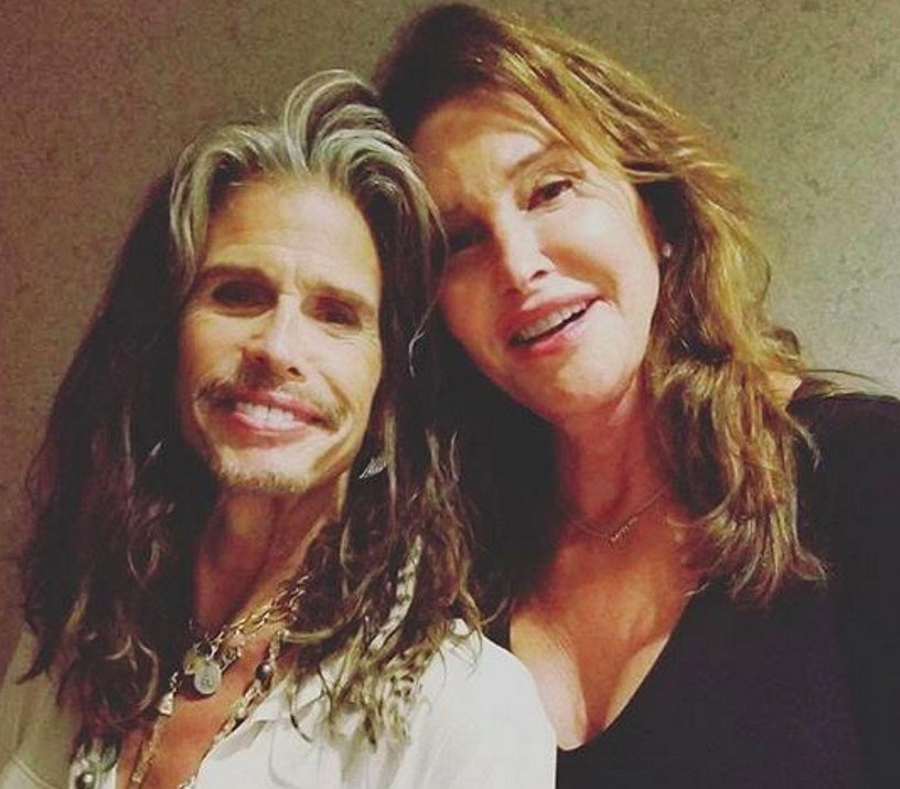 Caitlyn Jenner wil cover uitbrengen van 'Dude Looks Like a Lady'. WTF?
