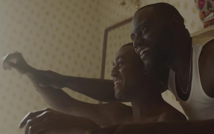 Videosnack | Clean Bandits 'Symphony' is een tragische gay love story