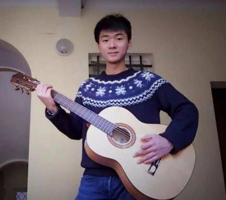Chinees-Italiaanse homojongen dood aangetroffen in koffer