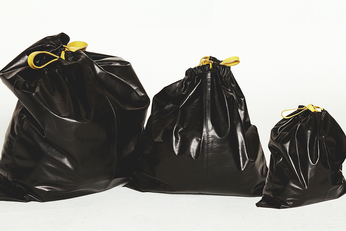 Deze vuilniszakken brengen de (tr)ash terug in fashion