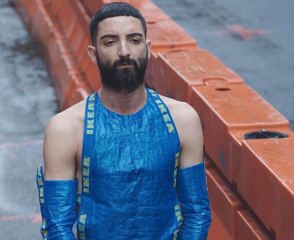 Creatief met Ikea: maak je eigen garderobe van de bekende blauwe tas