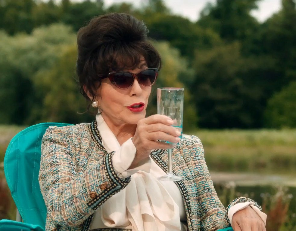 Joan Collins is terug met een comedy: The Time of Our Lives