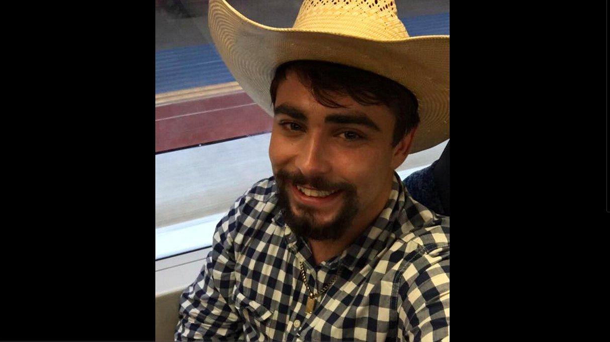 De 18-jarige Josh heeft een boodschap: 'Ook cowboys zijn wel eens gay'