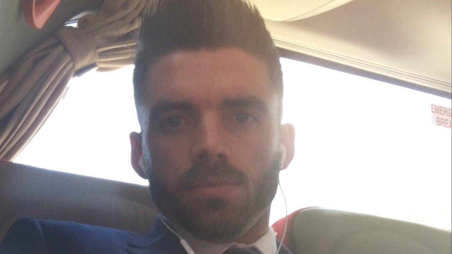 Voetballer Liam Davis: als er één gay over de dam is...