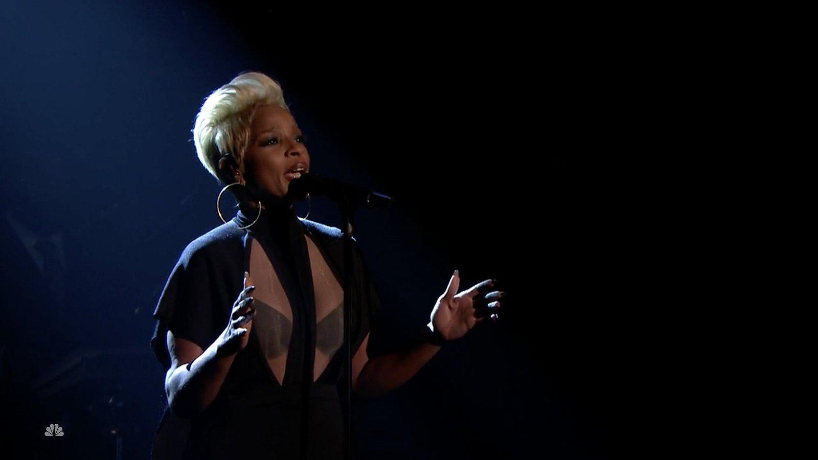 Muziek op maandag: Depeche Mode doet David Bowies Heroes en Mary J Blige gaat helemaal los