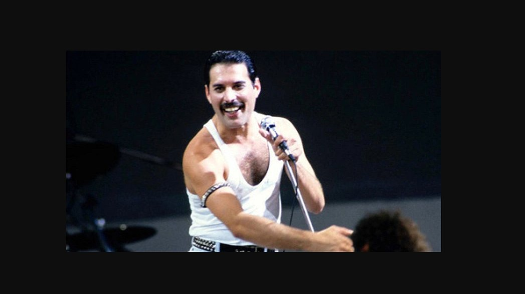 Het is definitief: er komt een film over Freddie Mercury en Queen