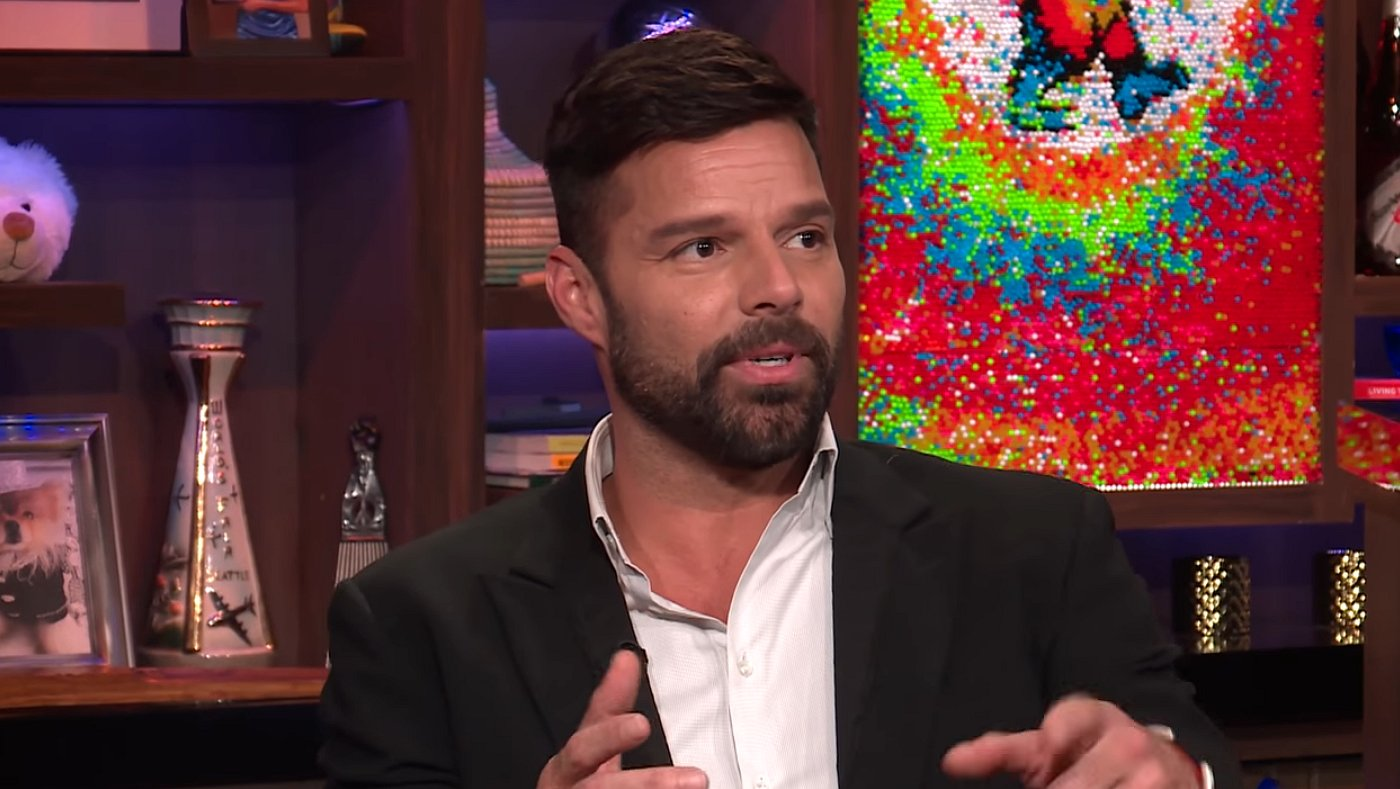 Ricky Martin: 'John Travolta was mijn eerste gay crush'