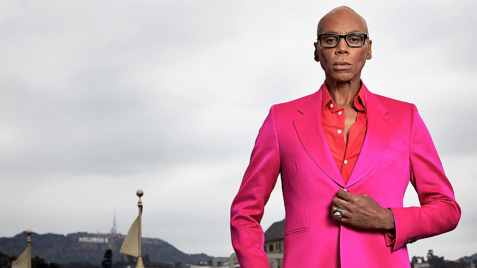 RuPaul speelt hoofdrol in rampenfilm 'Drag Queens on a Plane'