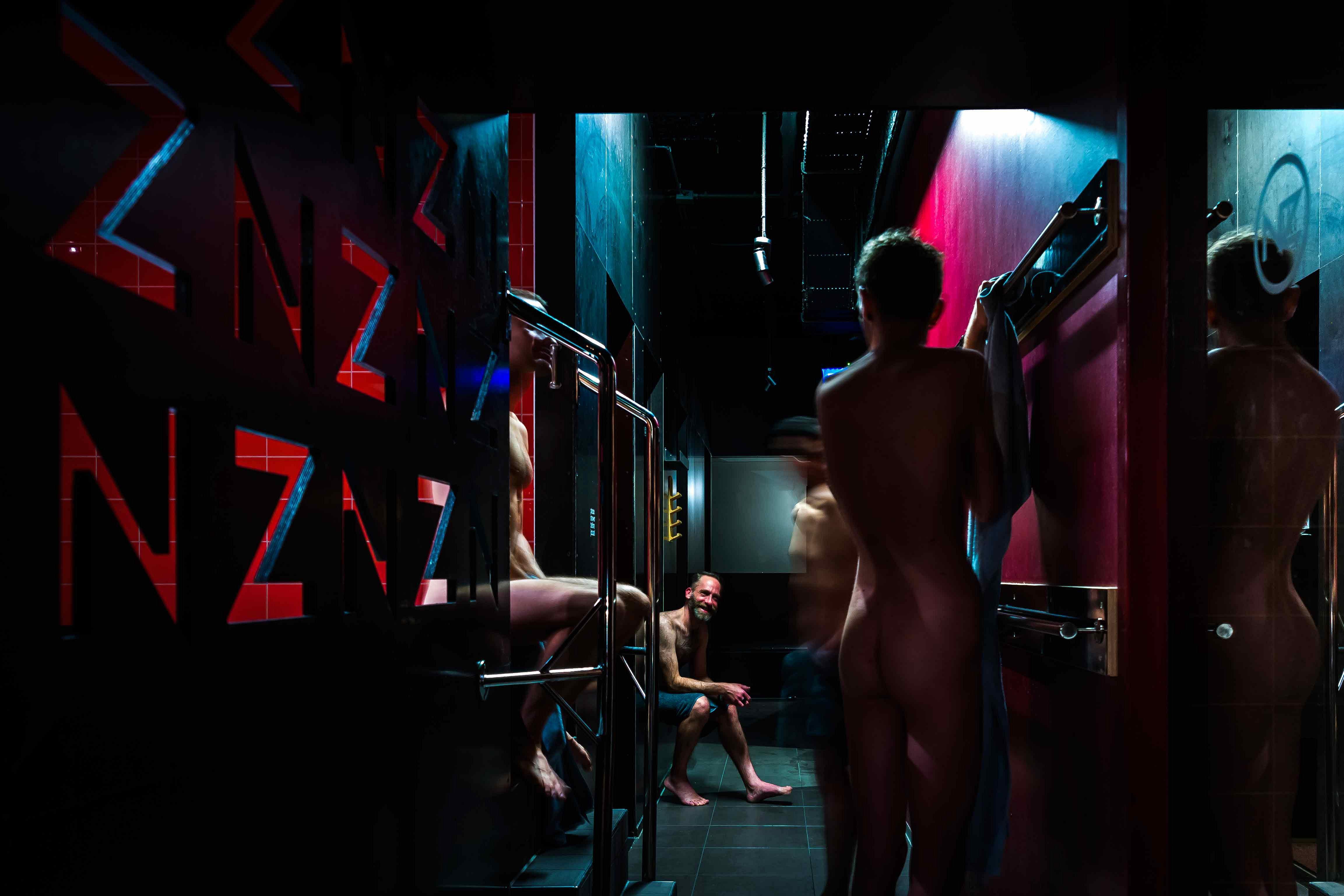 Rotterdamse homosauna laat op zich wachten