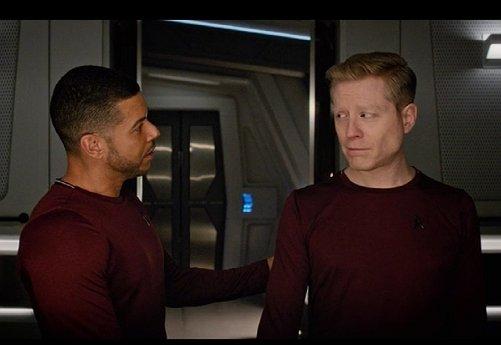 'Geen zin in homo's in Star Trek? Dan zet je je tv maar uit'