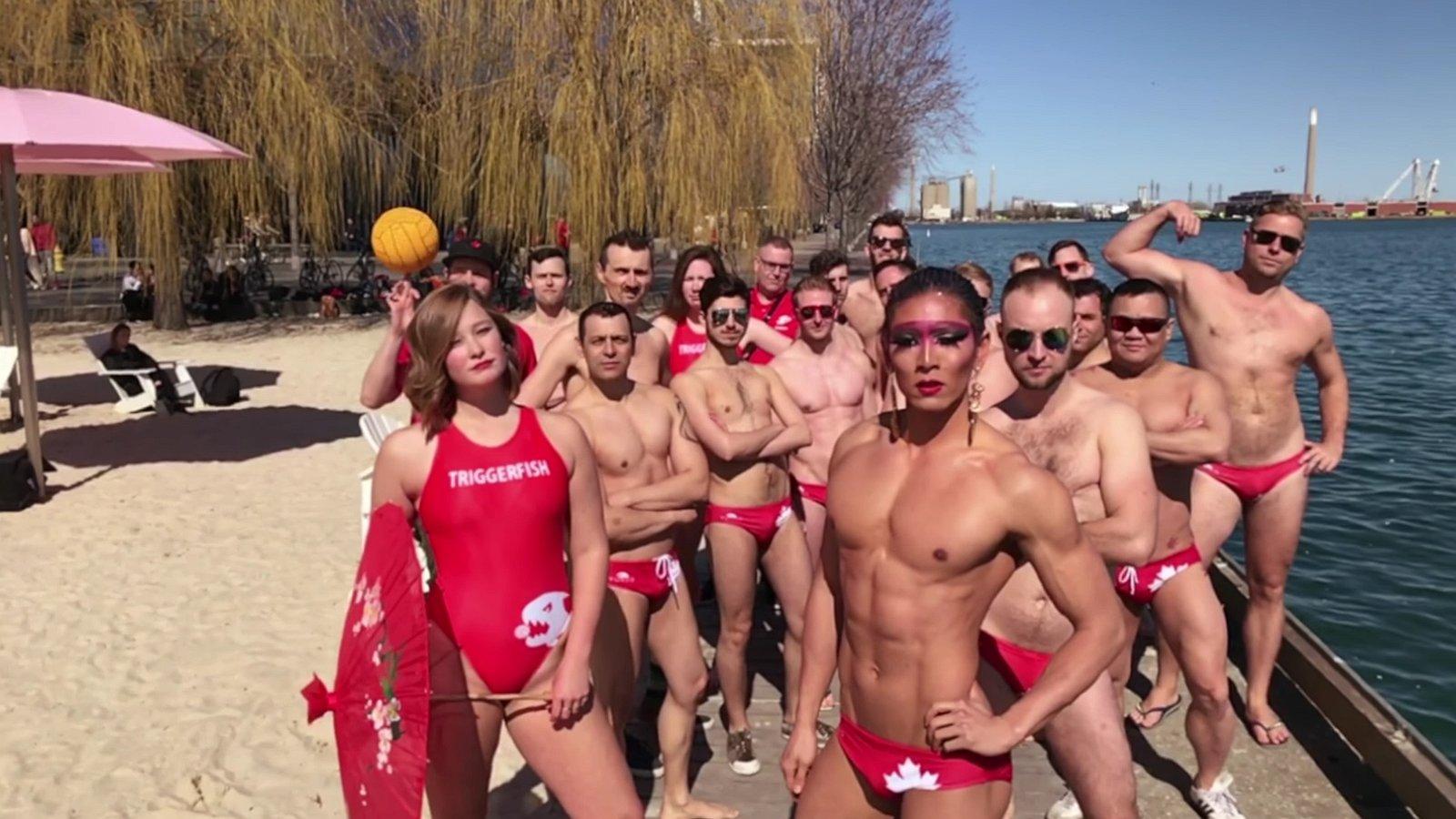 Video: zo creatief is het waterpoloteam van Toronto