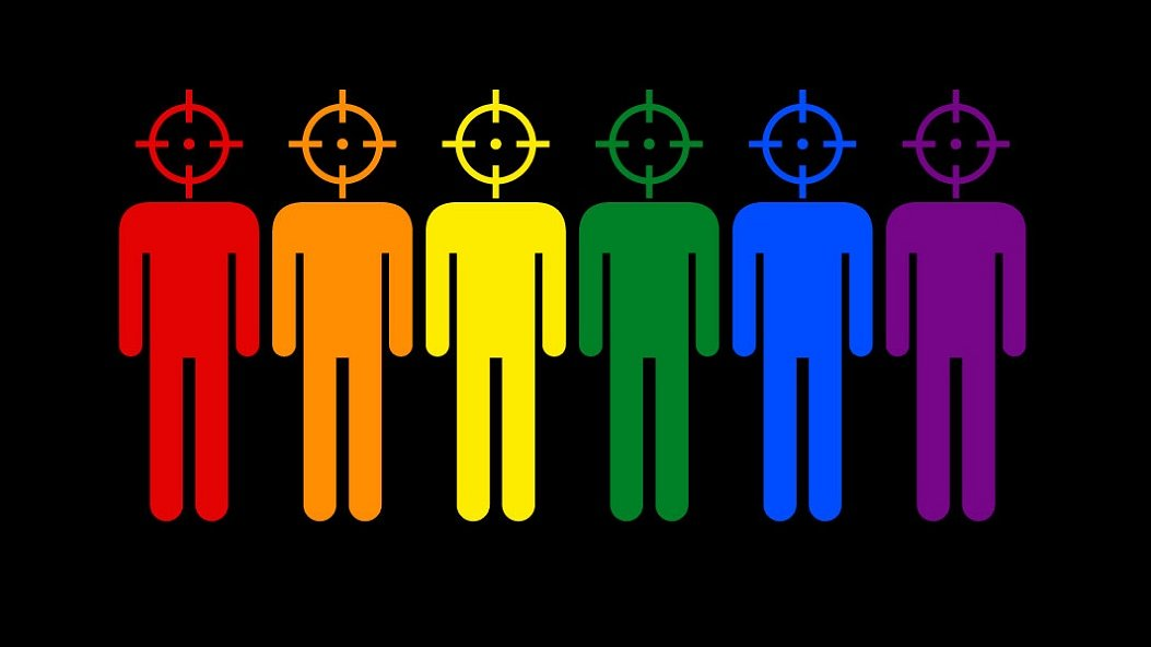 RuPaul en Rita Ora steunen homo's in Tsjetsjenië