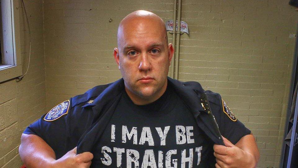 Amerikaans agent komt met emotionele Pride-brief