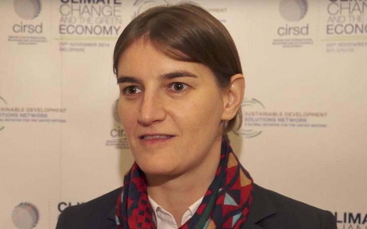 Ana Brnabić wordt de eerste lesbische premier van Servië