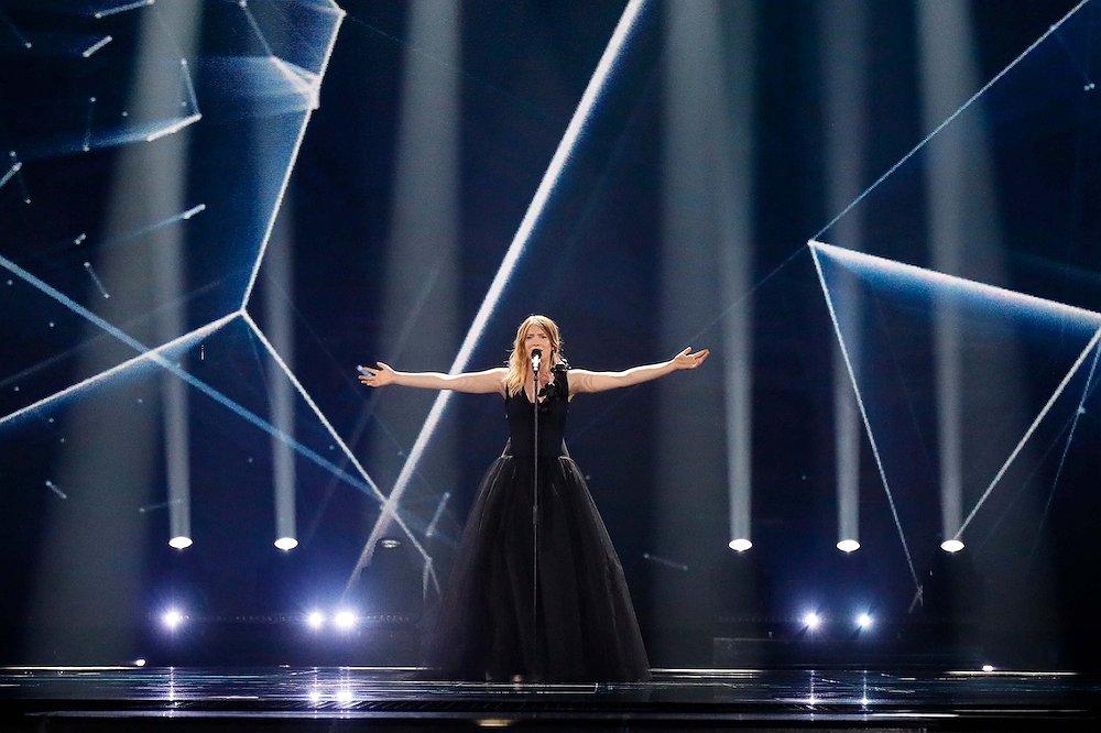 Blanche door naar de finale van het Songfestival