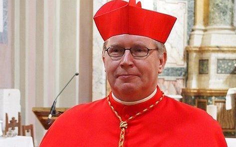 Kardinaal Willem Eijk stelt acceptatie transgenders gelijk aan euthanasie