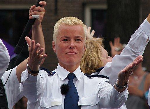 Ellie Lust en BeyonG Veldkamp winnen LHBT-prijzen