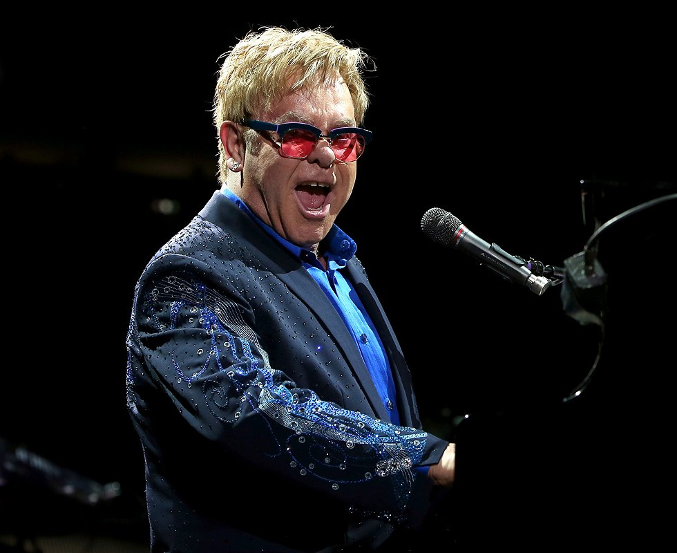 Wil jij dat Elton John op je bruiloft komt zingen?