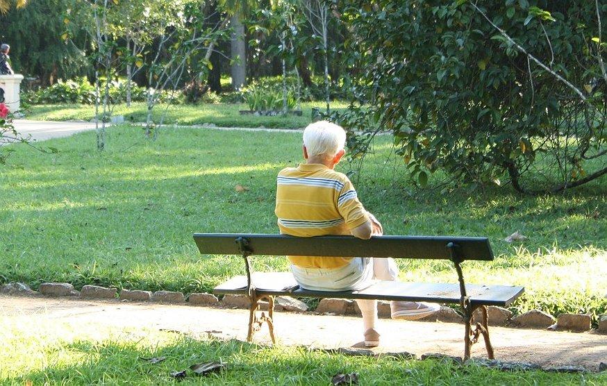 Het Opiniepanel | Laten we de Roze Ouderen in de kou staan?