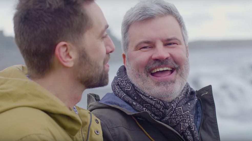 Lief! Twee homomannen hebben de hoofdrol in Icelandair-reclame
