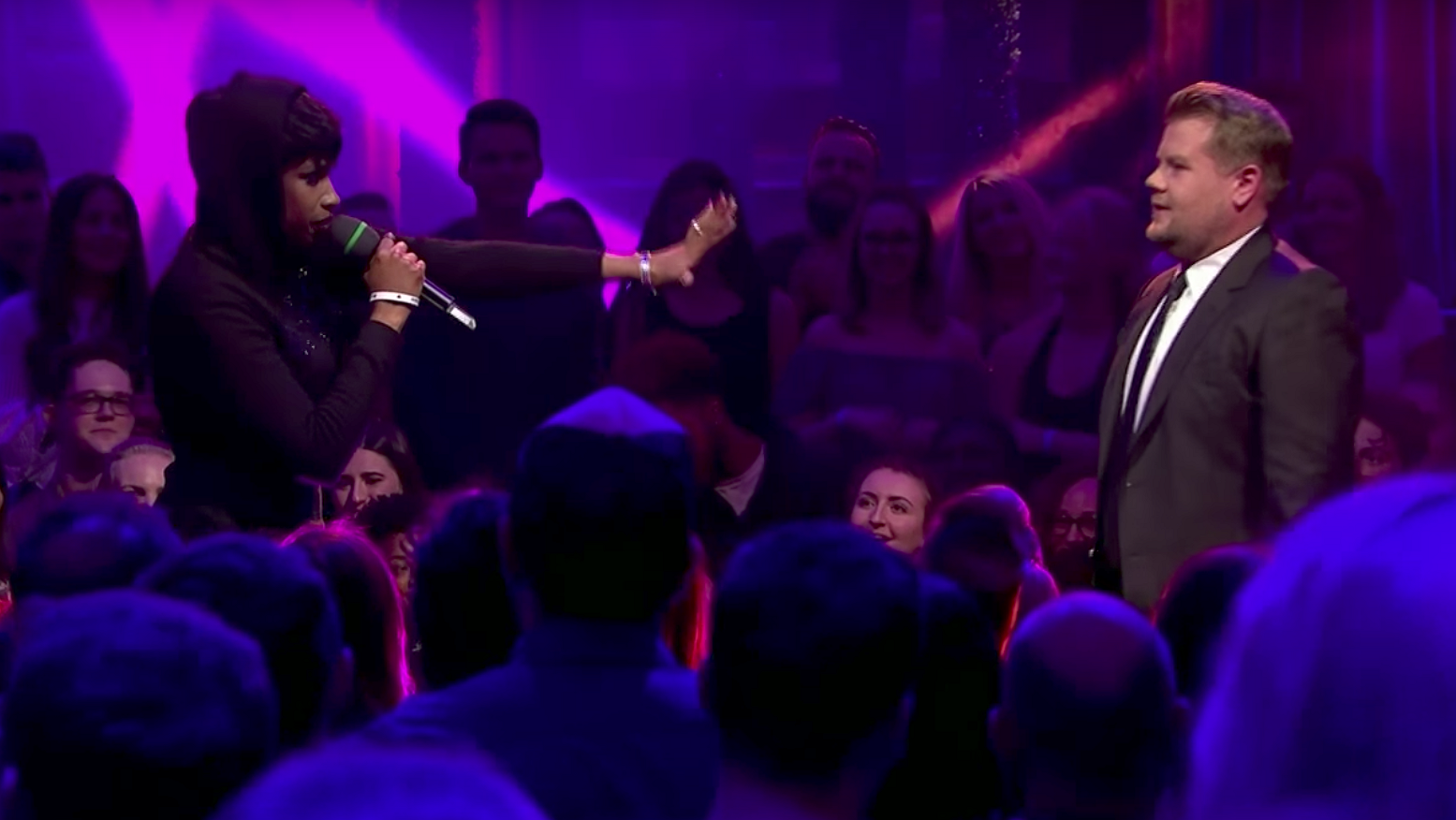 Jennifer Hudson zet James Corden op z'n plek in rap-battle