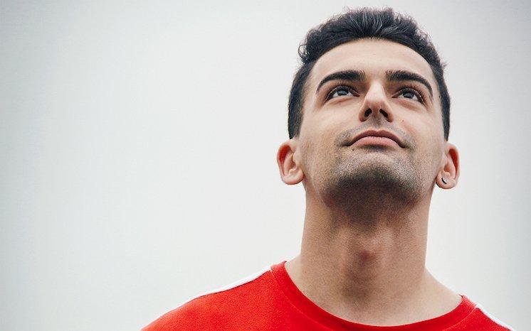 Iraans-Nederlandse Moa (23): 'Ik leid nu een mooi leven, maar daar heb ik keihard voor moeten knokken'