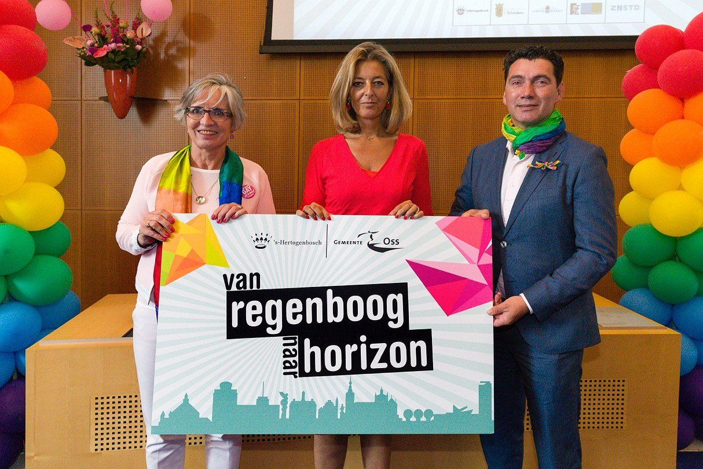Nederlandse gemeenten willen langer Regenboogsteden zijn
