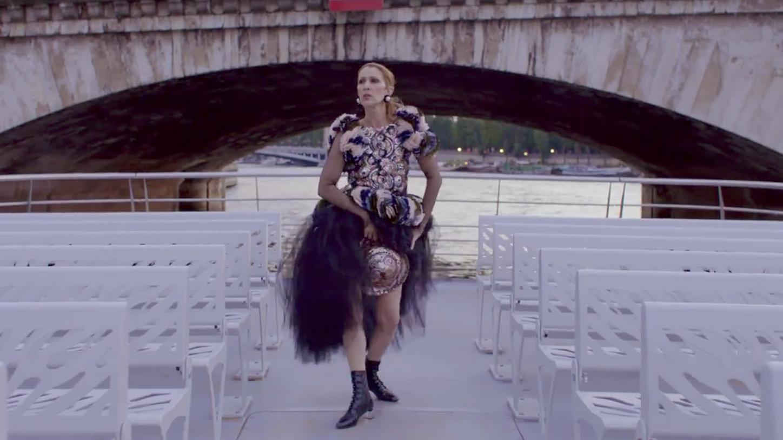 Maak kennis met het nieuwste supermodel van deze tijd: Céline Dion