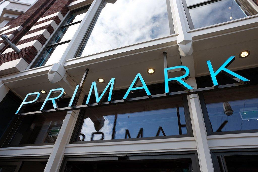 Ook Amsterdamse Primark stak winst van Pride-campagne in eigen zak