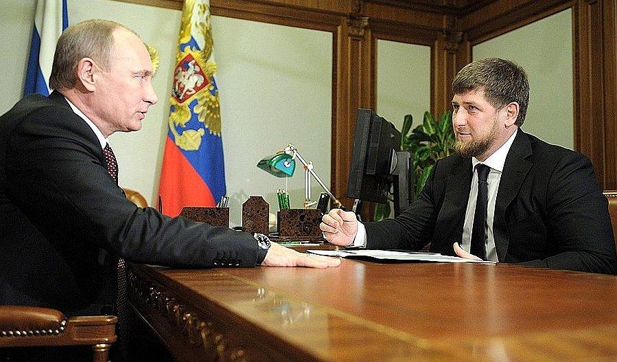 Poetin ontkent vervolging Tsjetsjeense homo's