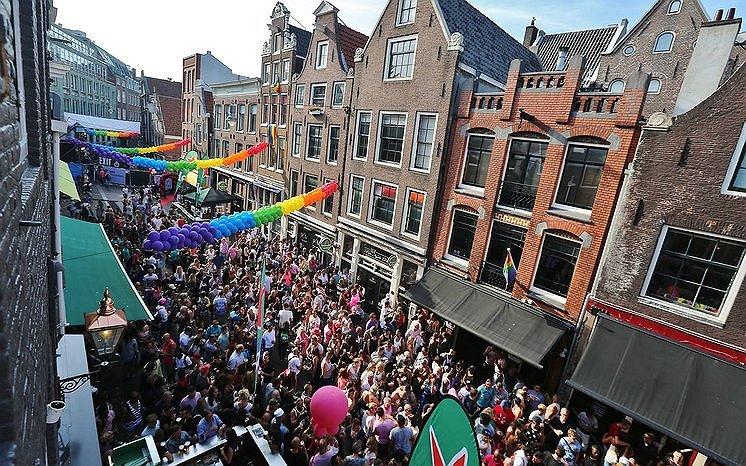 De Reguliersdwarsstraat doet toch mee tijdens Pride Amsterdam