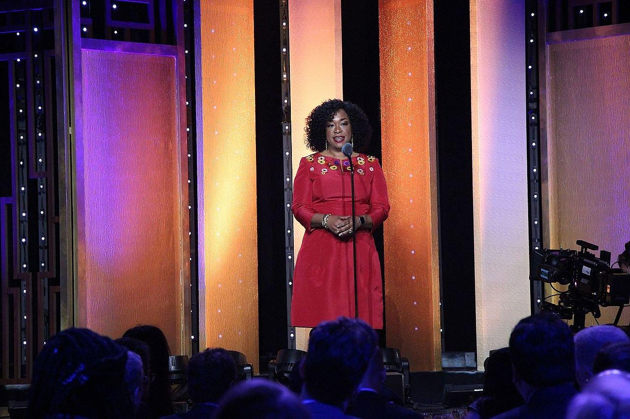 Shonda Rhimes wil meer diversiteit in Hollywoodproducties