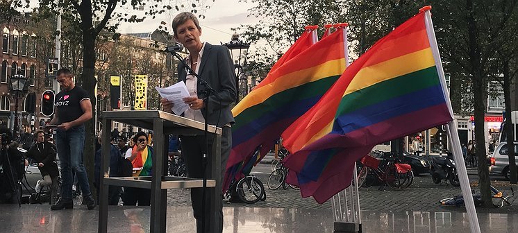 Tanja Ineke: 'Europese Unie grijp in!'