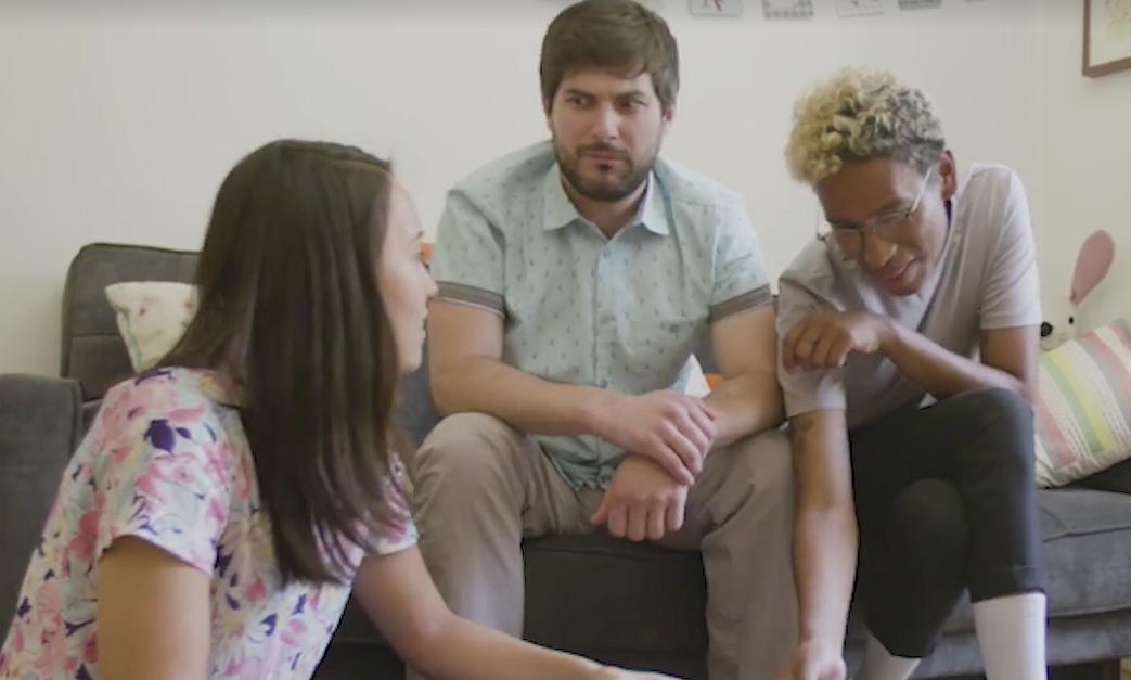 Videosnack: 'Wil jij mijn beste hetero vriend zijn?'
