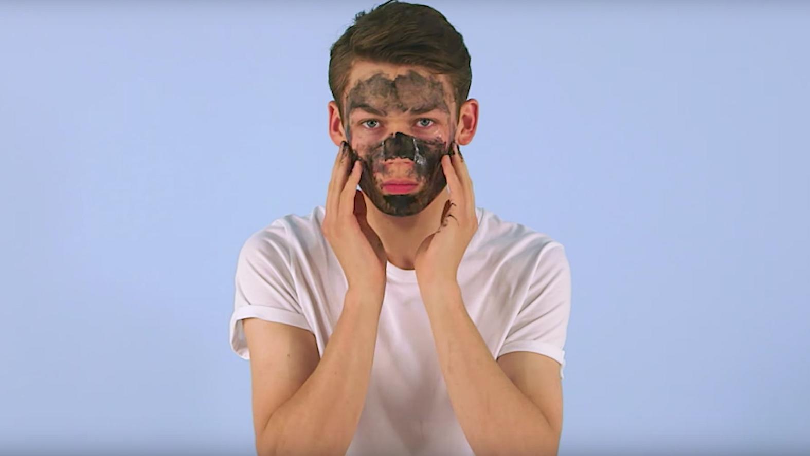 Dit YouTube-kanaal helpt je door de ergste beauty- en fashioncrimes heen
